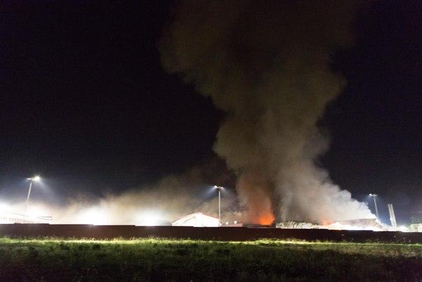 На Захаровском мясокомбинате в Рязанской области произошел пожар