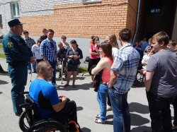 В МЭКИ прошла тренировка по эвакуации учащихся и персонала.