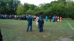 В школе №2 поселка Октябрьский Михайловского района прошла учебная эвакуация.
