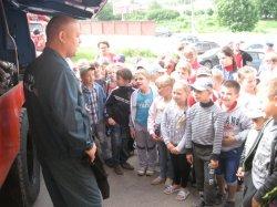 19 июня пожарная часть №30 города Михайлова Рязанской области приняла в гости воспитанников детского летнего лагеря Михайловской школы №2.